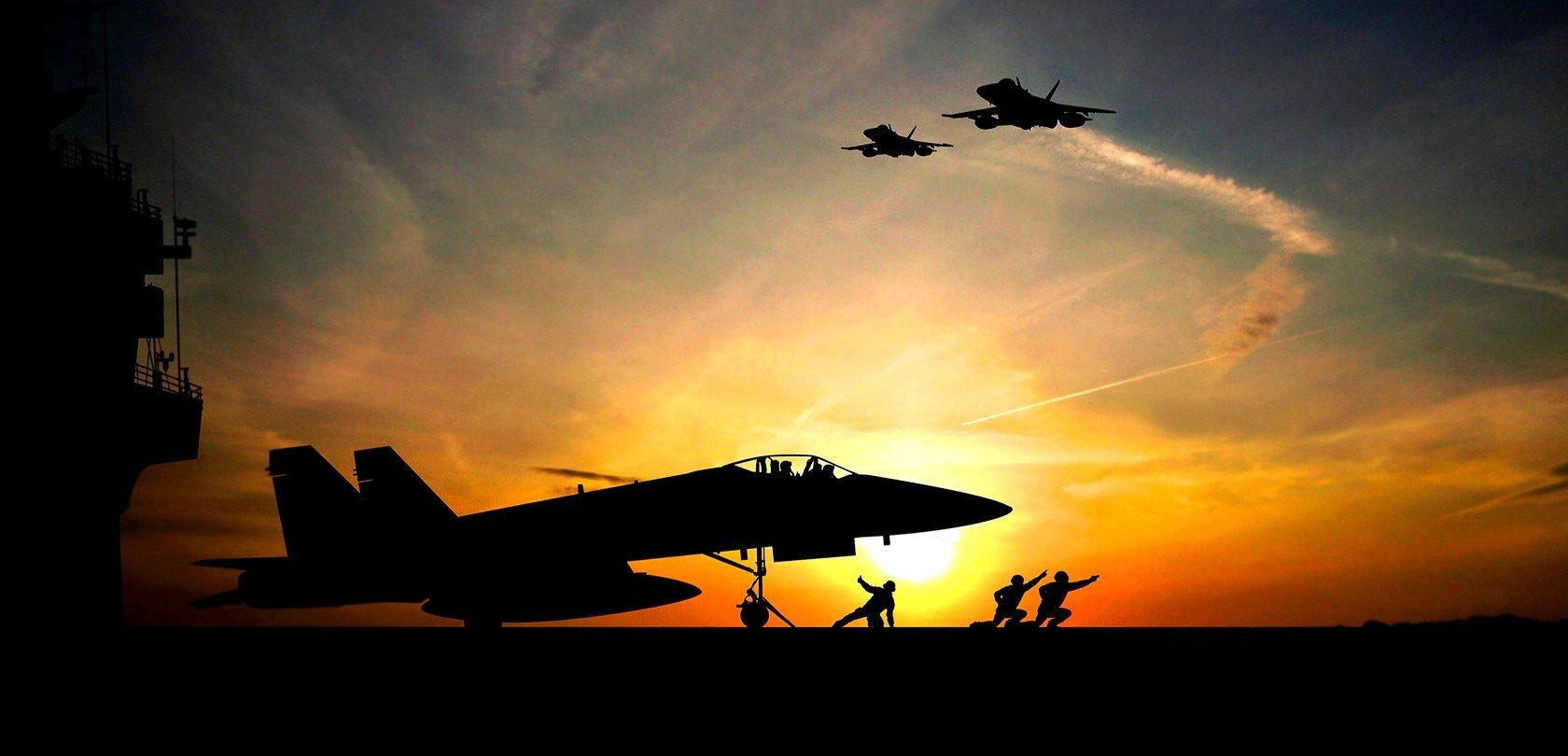 fa-18-super-hornet-sunset-1680x810
